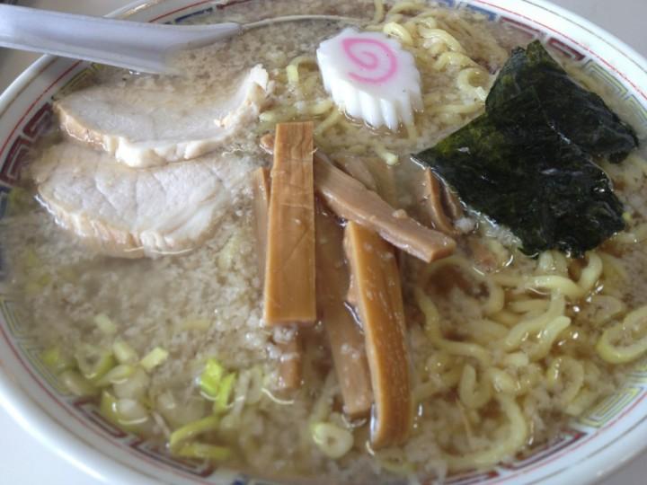 花岡食堂の中華そば(大盛)