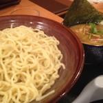 ちゃーしゅー屋 武蔵 県央店 つけ麺