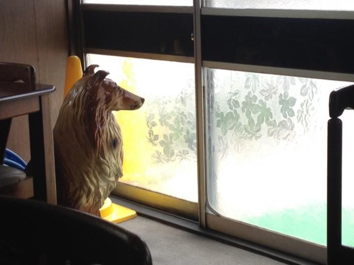 番犬ジョン(コリーの置物)