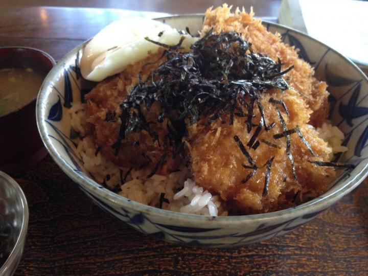 レストハウス道草のカツ丼(週末バージョン)