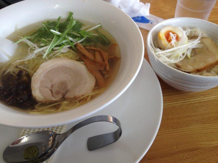 麺屋泰紋のランチサービスCセット(鶏節塩らーめん+ミニたれチャーシュー丼)