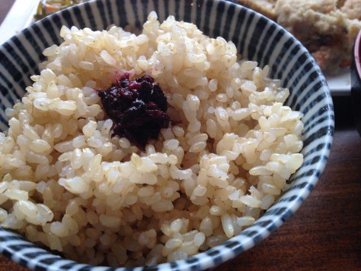日替わり定食の玄米ごはん