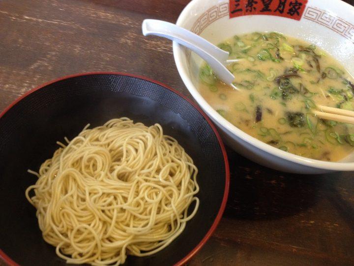 長浜の麺で替え玉