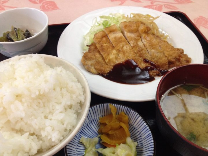 ペイザンヌの日替り定食(ポークピカタ)