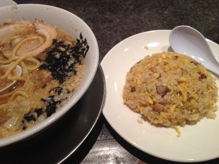 酒麺亭・潤 らーめん+半チャーハンセット