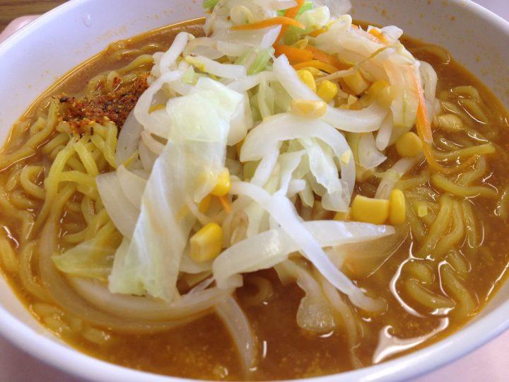新潟県庁一般食堂の野菜味噌ラーメン