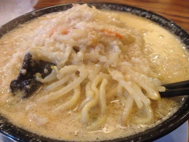 ラーメンしんの味噌ラーメン(大油)