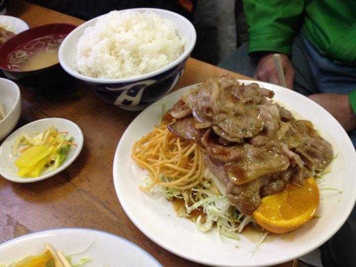 花月食堂の焼肉定食・W盛