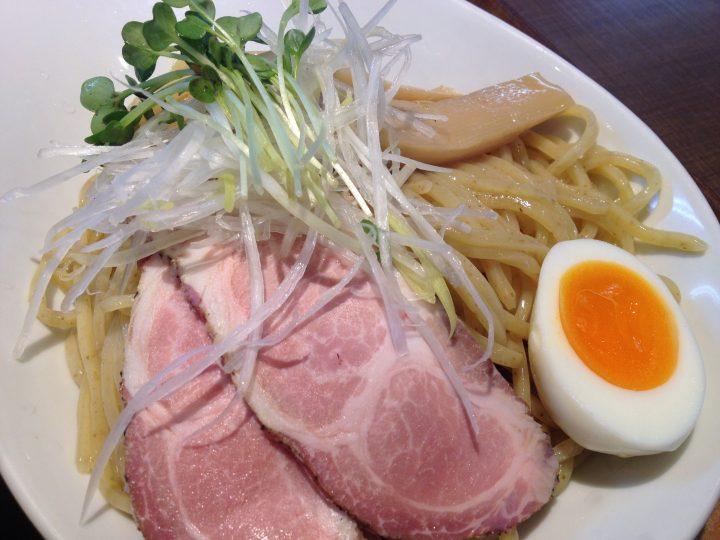 濃熟醤油つけ麺の麺(と具)