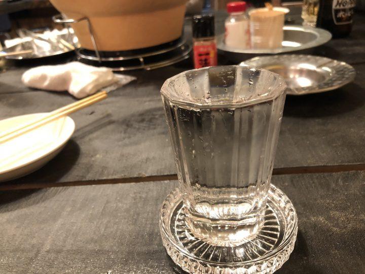 もつ焼き多しろ東三条店の鶴齢(冷酒)