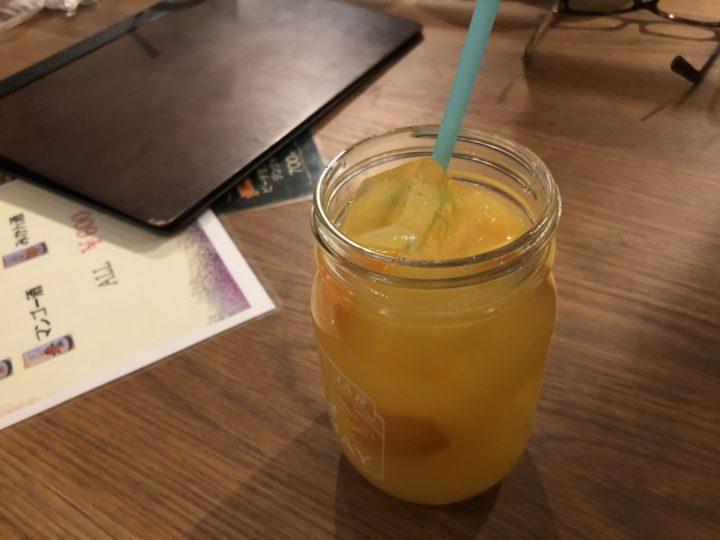 cafe dining woodのファジーネーブル