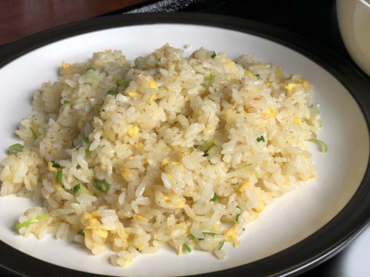 炒飯&麺じろ吉のAランチ・半玉子炒飯のアップ