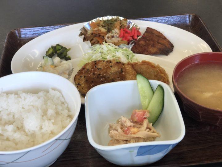ハイランク食堂の「日替り定食」