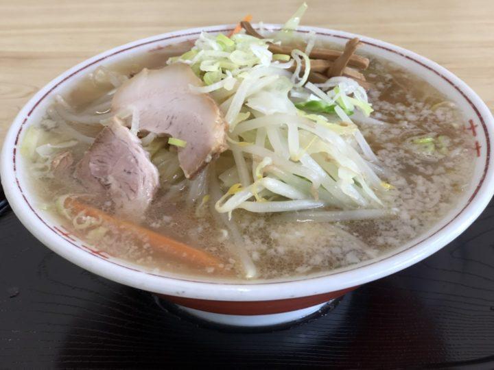 かど惣の野菜ラーメン(背油)