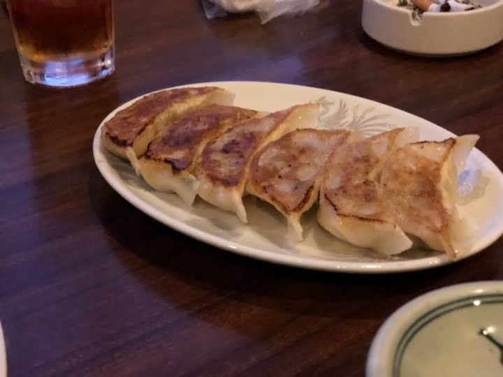 中華美食館三条店の餃子