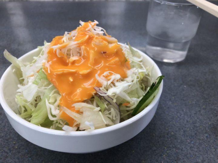 くるまやラーメン新潟巻店・無料サービスのサラダ