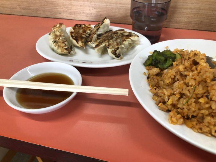 東華飯店 餃子 150円2019-02-15 023