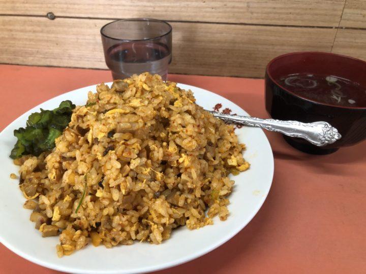 東華飯店の四川炒飯